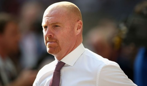 sean_dyche_manager_of_burnley_looks_on_during_the_premier_league_546102